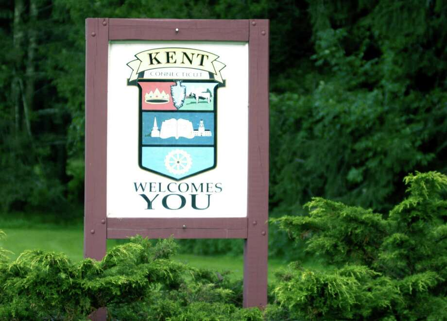 """Kent selectmen are presenting information to the Kent Center School Board of Education on """"Faster Saves Lives"""" program that recommends teachers carry guns. Photo: File Photo / The News-Times"""