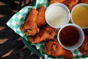 Best spots for chicken wings in San Antonio - Photo