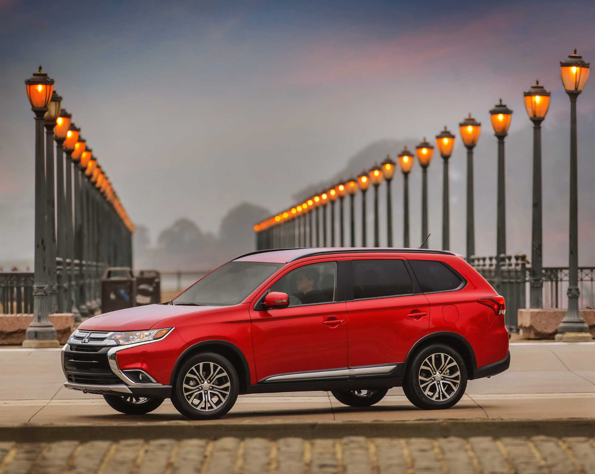 2016 Mitsubishi Outlander enhanced outside and within