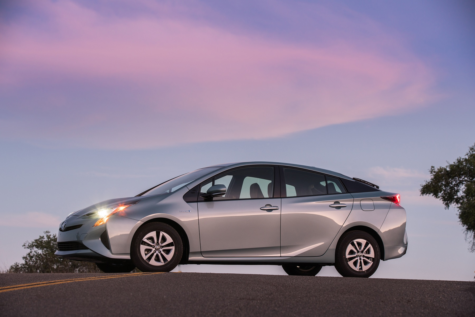 2016 Toyota Prius: All-new liftback