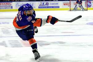 Nothing broken, Sound Tigers all-star Pulock got a break - Photo
