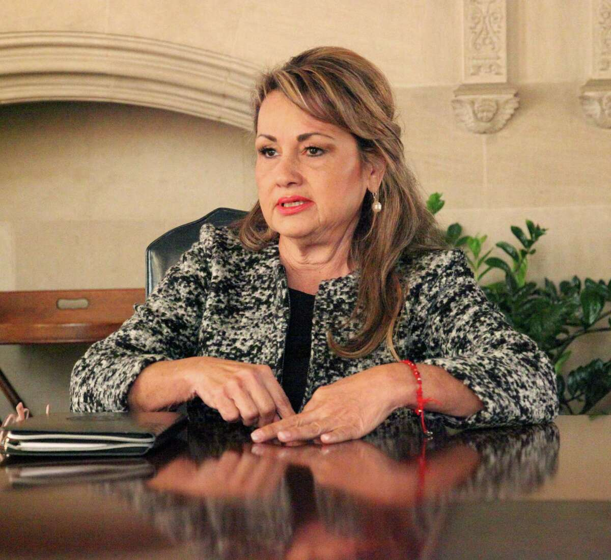 March 1 Democratic primary race fo Texas Senate District 19, challenger Helen Madla talks to Saen editorial board on Tuesday January 12, 2016.