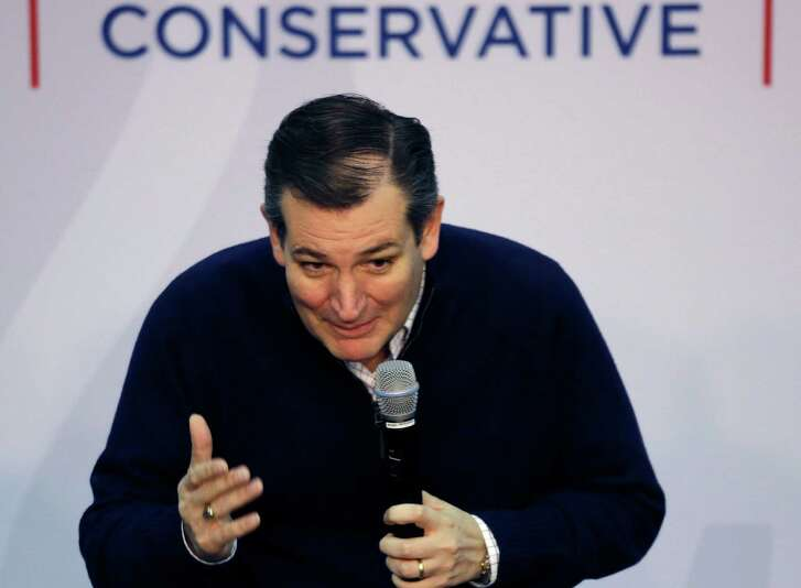 Republican presidential candidate, Sen. Ted Cruz, R-Texas speaks at a town hall campaign event, Wednesday, Feb. 3, 2016, in Henniker, N.H. (AP Photo/Elise Amendola)