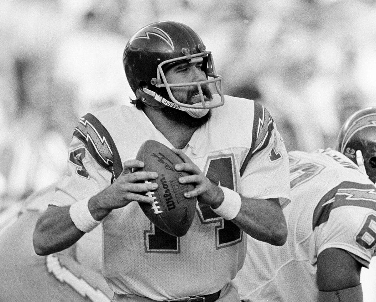 Dan Fouts: St. Ignatius College Preparatory (San Francisco) - Class of 1969 The Hall of Fame quarterback went to six Pro Bowls during his career with the Chargers.