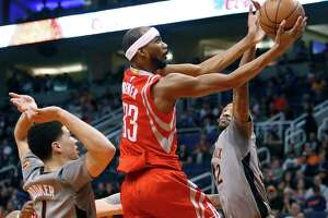 Rockets overcome putrid start to beat Suns on the road - Photo