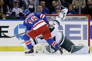 Brassard carries Rangers to win - Photo