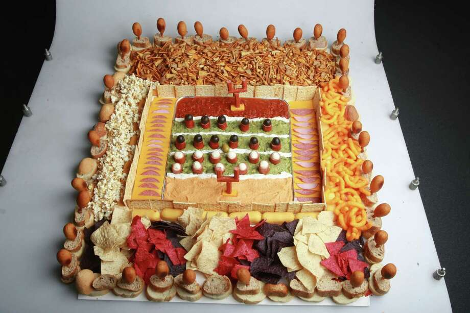 Click through to see some of the most popular Super bowl foods across America. Click each food's name for a video recipe so you can make it at home... Source: General Mills Photo: ANDREW WALLACE, Getty Images / TORONTO STAR 2009