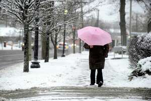 Snow leads to closings, crashes in Danbury area - Photo