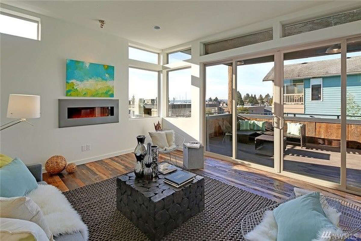 Like modern? Then this Kirkland home may be for you. The full listing is here.