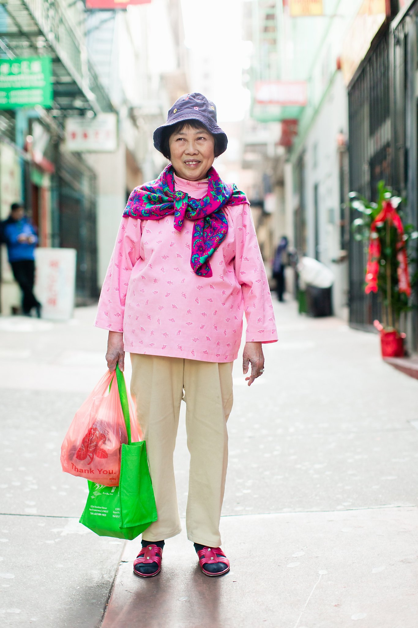 Photos Capture Colorful Unique Street Fashion Of Chinatown Sfgate