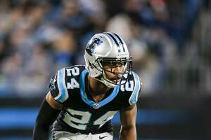 Panthers' Josh Norman relishes talkin' smack - Photo