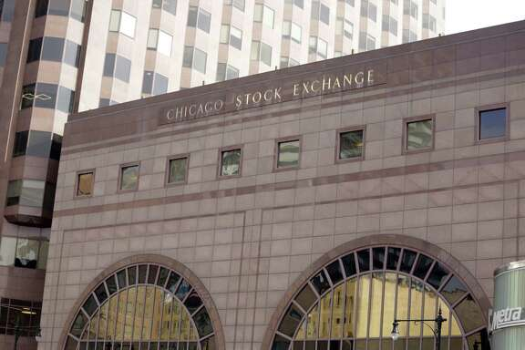 The Chicago Stock Exchange is being purchased by a group led by Chongqing Casin Enterprise Group.