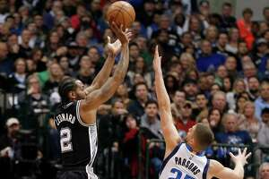Spurs tie best 50-game start in franchise history with drubbing of Mavericks - Photo