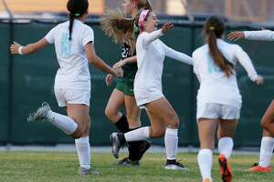 Girls soccer: E-N Area rankings, top players, Feb. 9 - Photo