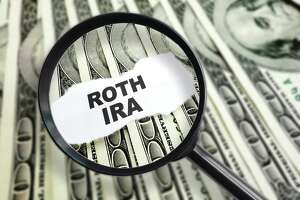 Investing in Roth IRAs good for young savers - Photo