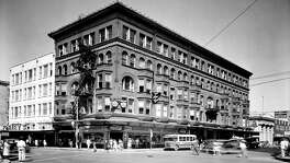 The Hicks Building at Broadway and E. Houston Streets as shown in this 1940s photo.