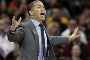 Cavs' Lue finding that change comes slowly - Photo