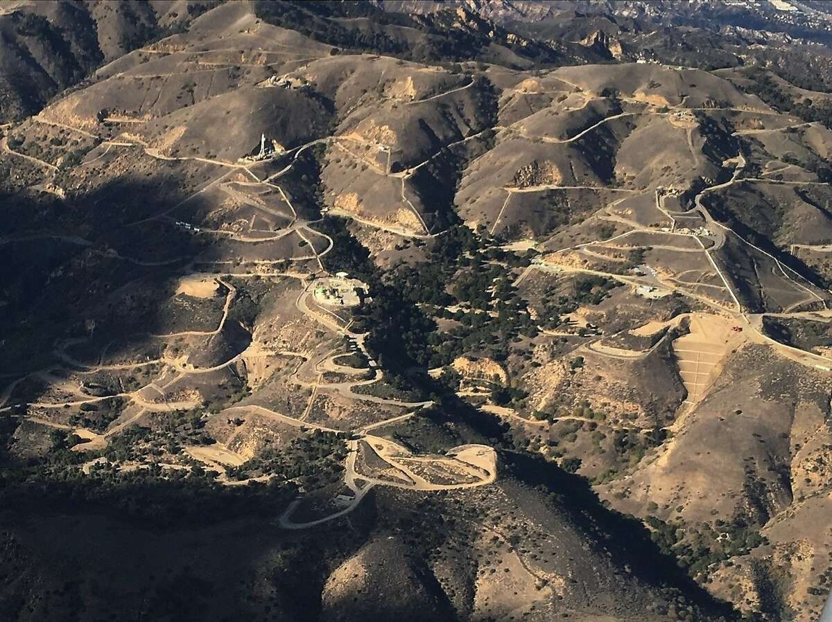 Aerial image of Aliso Canyon natural gas storage facility shot from UC Davis scientist Stephen Conley's airplane, which provided the first and, so far, only estimates of methane emissions from an ongoing leak at the facility in the San Fernando Valley.