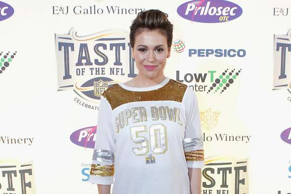 SAN FRANCISCO, CA - FEBRUARY 06:  Actress Alyssa Milano attends Taste of the NFL 25th anniversary Party With A Purpose at Cow Palace on February 6, 2016 in San Francisco, California.  (Photo by Kimberly White/Getty Images for Taste Of The NFL)