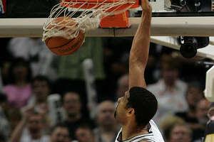 Are Spurs a fresher team because they don't dunk very often? - Photo