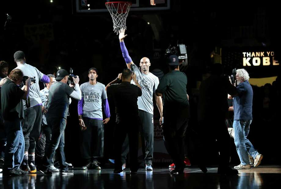 Kobe Bryant is introduced as the Spurs host the Lakers at the AT&T Center on February 6, 2016. Photo: TOM REEL, STAFF / SAN ANTONIO EXPRESS-NEWS / 2016 SAN ANTONIO EXPRESS-NEWS
