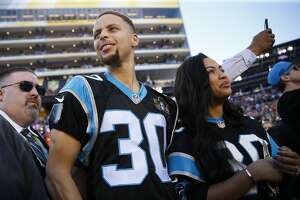 Warriors' Stephen Curry proud to bang drum for hometown Panthers - Photo