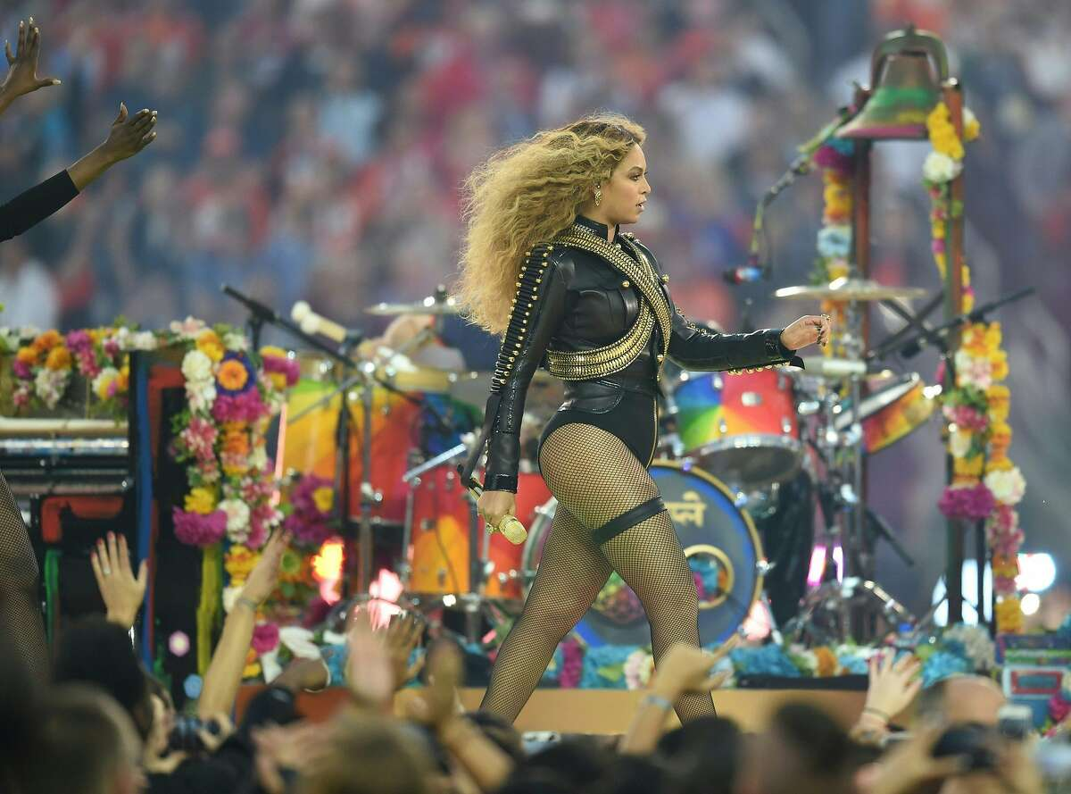 Beyonce performs during Super Bowl 50 between the Carolina Panthers and the Denver Broncos at Levi's Stadium in Santa Clara, California February 7, 2016. / AFP / TIMOTHY A. CLARYTIMOTHY A. CLARY/AFP/Getty Images