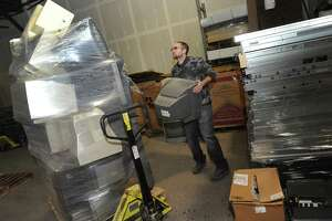 Local governments and recyclers hit with bills for toxic, obsolete TV tubes - Photo