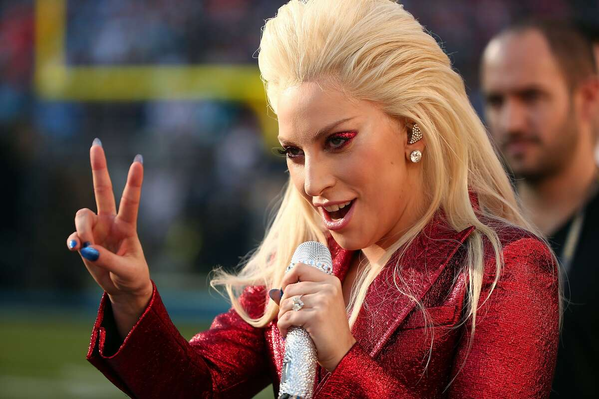 GOOD: Lady Gaga's national anthem She killed it with her rendition of the Star Spangled Banner. Sure, it was a bit on the long side at 2:20, but it was one of the better anthems at recent Super Bowls.
