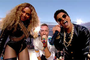 Beyonce and Bruno Mars steal the Super Bowl halftime show - Photo