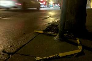Victim stripped of his pants in SF street mugging - Photo