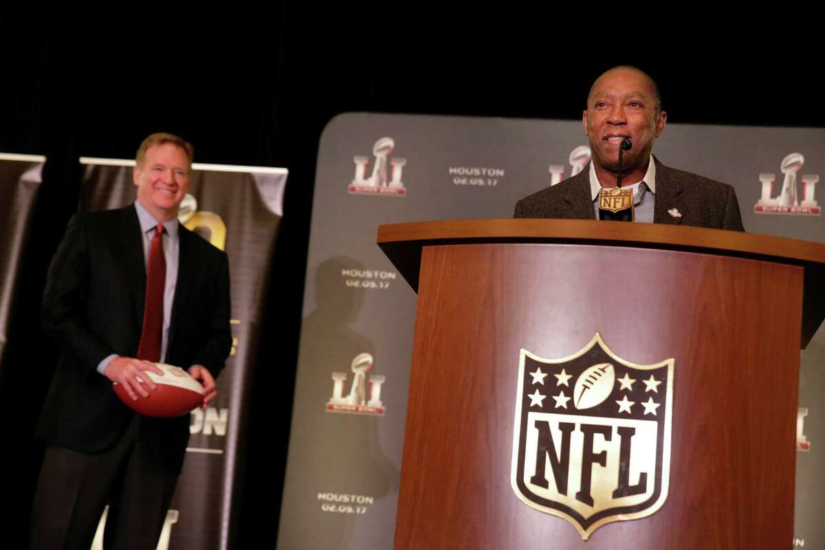 Mayor Sylvester Turner (right) of Houston speaks during a press conference where the Super Bowl LI committee took the Super Bowl handoff from San Francisco as Commissioner Roger Goodell stands next to him on Monday, February 8, 2016 in San Francisco, Calif.