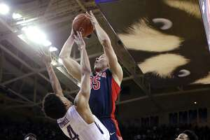 Huskies positioned to snap NCAA Tournament drought - Photo