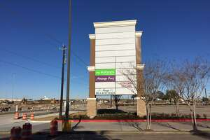 New Weingarten tenant at Baybrook Gateway - Photo