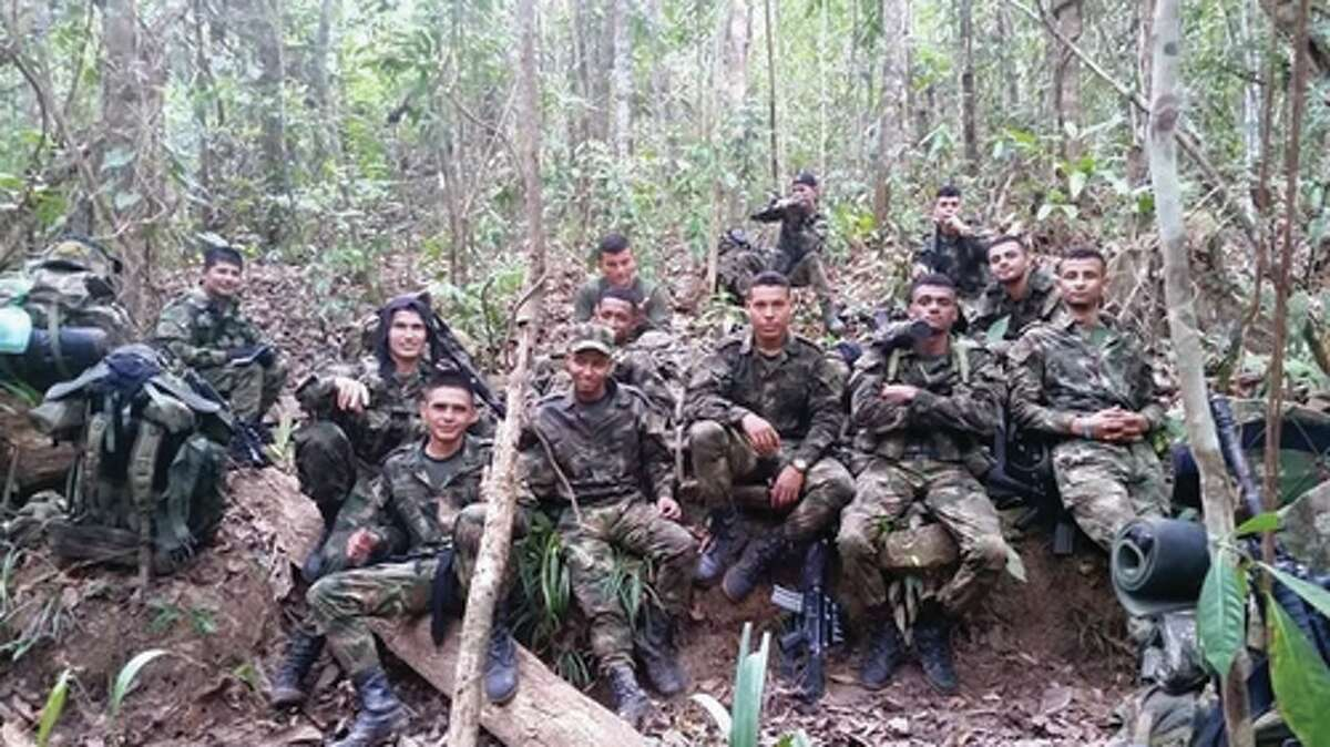 Photos provided by El Blog del Narco show alleged members of a new criminal organization called