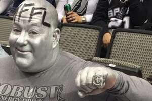 'Tin Duncan,' new Spurs super fan or camouflaged enemy? - Photo