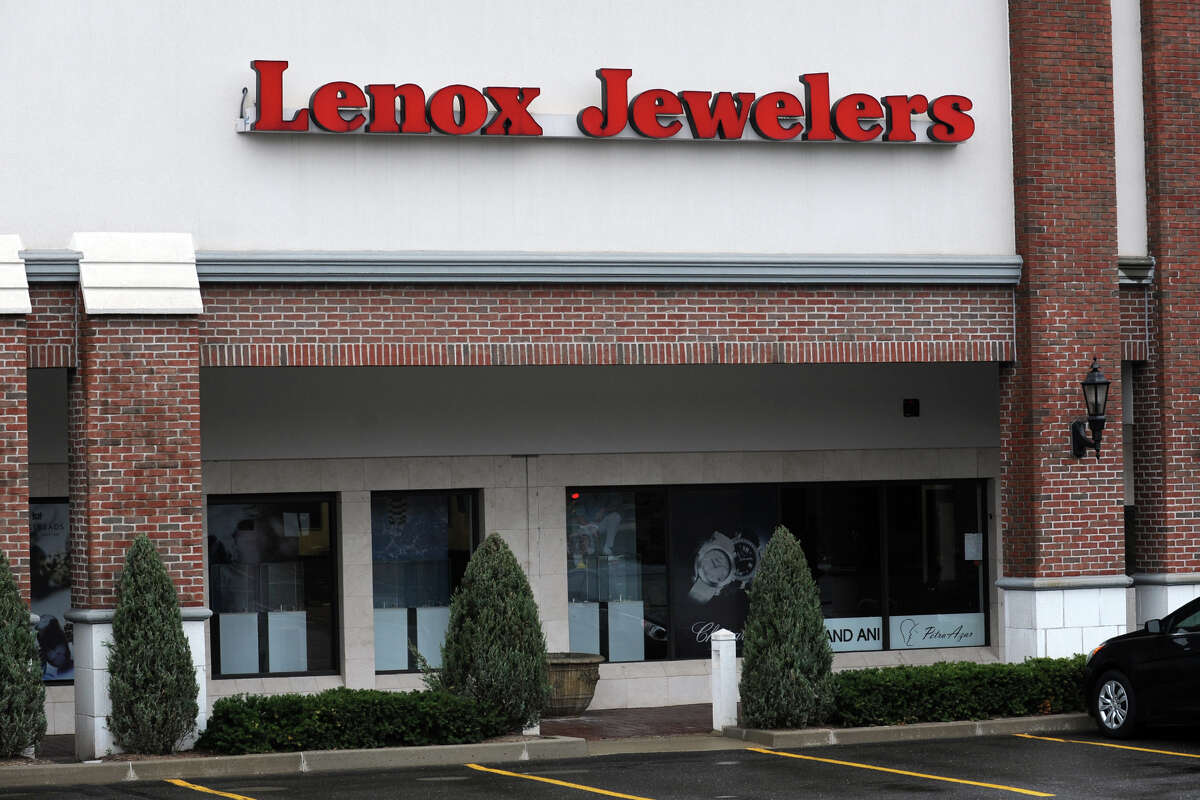 Lenox Jewelers, 2379 Black Rock Turnpike in Fairfield, Conn., April 12th, 2013. Five people have been arrested in the $3.1 million heist.