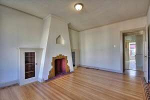 Charming Visitacion Valley two-bedroom single-family for 599K - Photo