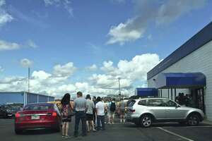 Malloy: DMV changes can reduce wait times - Photo