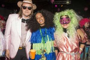 Stars hit up Mardi Gras - Photo