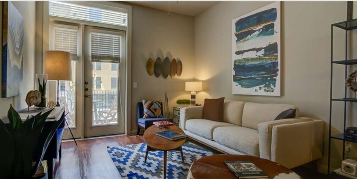 River House 122 Roy Smith St. Rent:Ranges from $1,976 to $2,129 Neighborhood:Downtown Details:2 bedrooms, 2 bathrooms, 1063 to 1078 sq. ft.