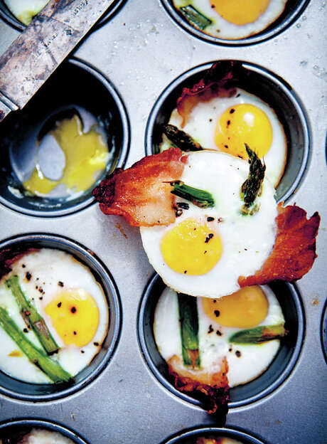 Baked Eggs with Asparagus and Bacon Photo: Asa Dahlgren /TNS / Handout