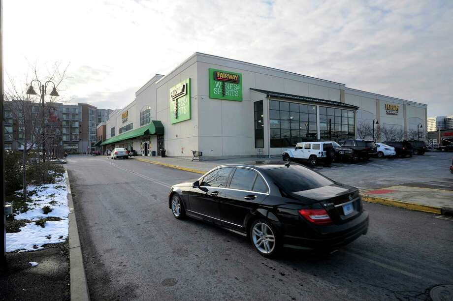 An exterior shot of Fairway at 699 Canal Street in Stamford, Conn. on Feb 9, 2016. Photo: Matthew Brown / Hearst Connecticut Media / Stamford Advocate