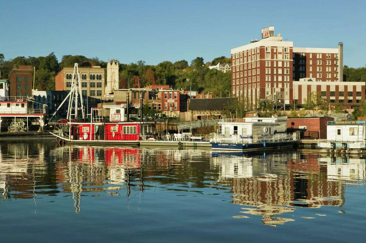 19. Dubuque, Iowa For working parents: 25th For buying or renting a home: 91st For education and environment: 4th For outdoor activities: 113th For safety and healthcare: 10th