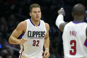 Clippers suspend Blake Griffin over punching staffer - Photo