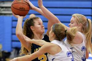 Albany Academy for Girls star Emily Padalino used to defensive attention - Photo