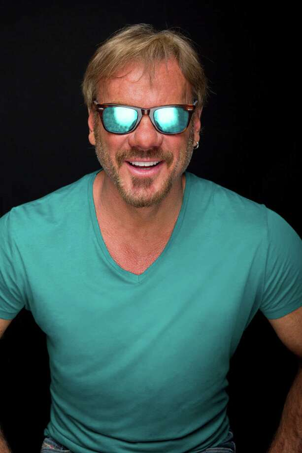 Country star Phil Vassar brings his #noPHILter tour to the Ridgefield Playhouse on Friday, Feb. 12. Photo: Laci Kent / Contributed Photo / 2015 Laci Kent/Laci K Photography