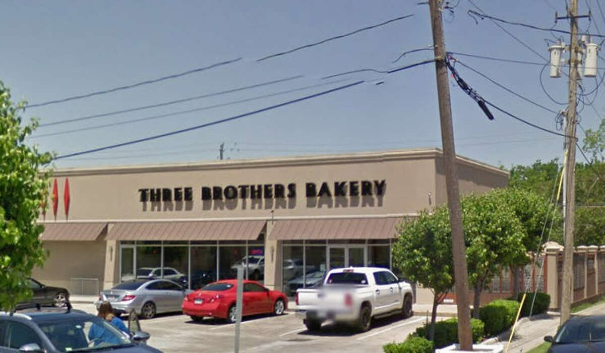 Three Brothers Bakery 4606 Washington Ave., Houston, Texas, 77007 Demerits: 106 Inspection highlights: Failure to provide hot water. Closure. Photo by: Google Maps