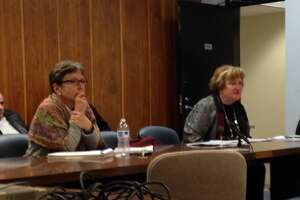 Bridgeport school district headed toward another budget cliff - Photo