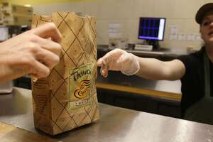 Panera works to quell rage of wrong orders - Photo